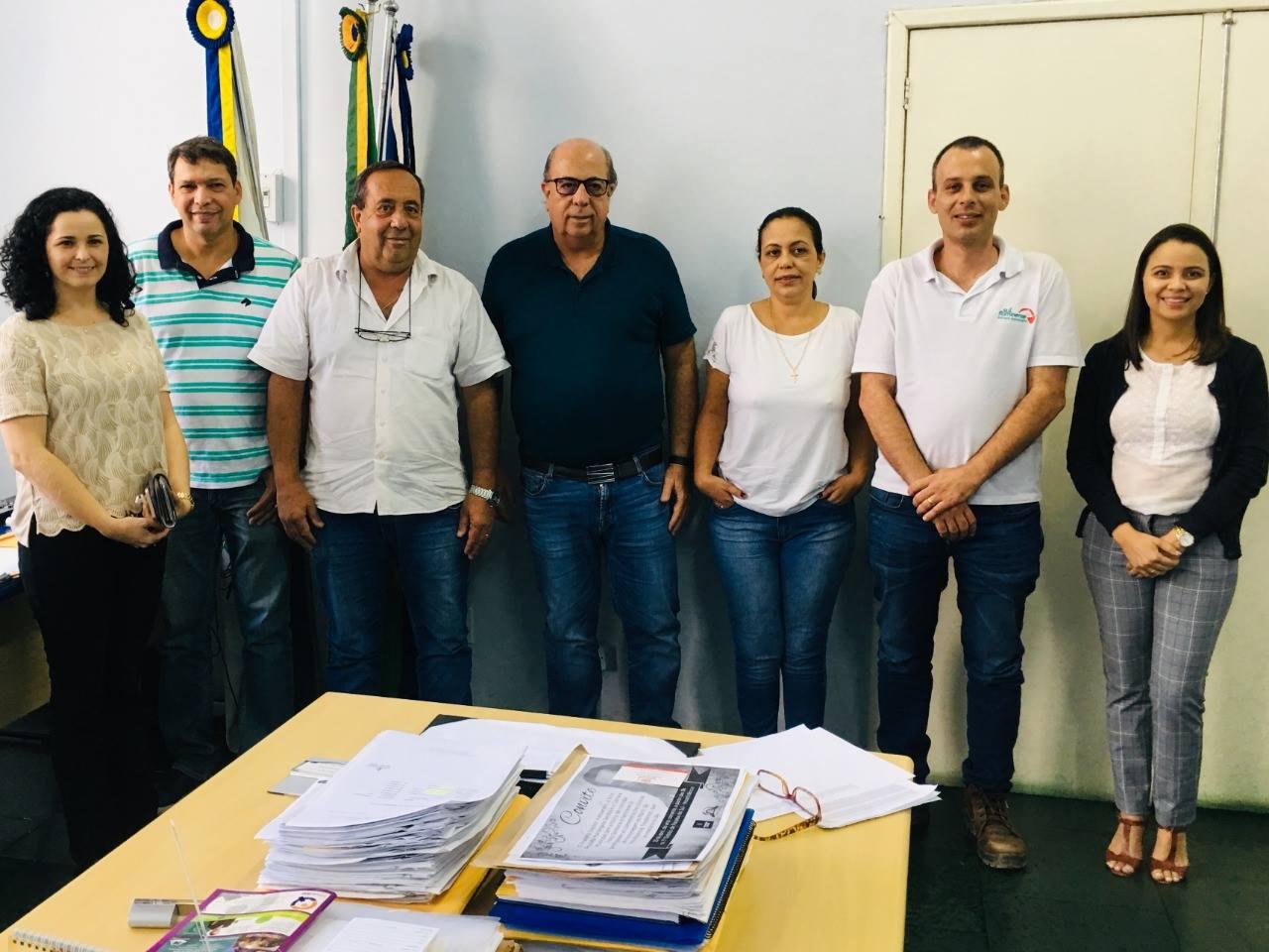 6e4950f03b97ff Metalúrgica Sul Fluminense em parceria com a Prefeitura doará óculos ...